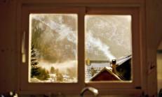 Karanlık Odaya Yalancı Pencere Yapımı