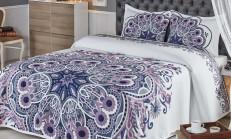 Yatak Örtüsü ile Dekorasyonu Tamamlayın