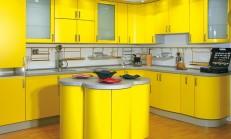 Mutfak Dolaplarında İki Rengin Dansı