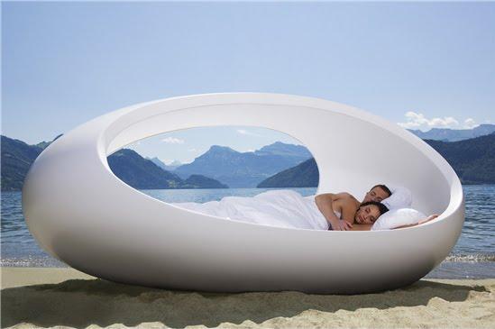 özel tasarım yuvarlak yatak modelleri
