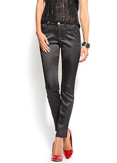 mango parlak siyah pantolon modeli