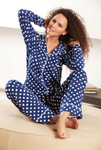 puantiyeli mavi pijama modeli