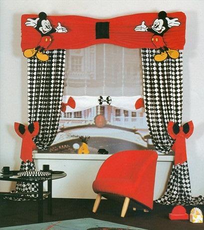 mickey-mouse-desenli çocuk odası perdeleri