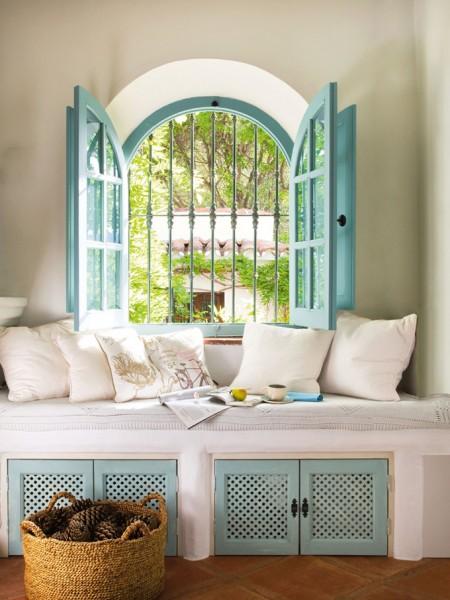 yazlık evlerde pencere önü