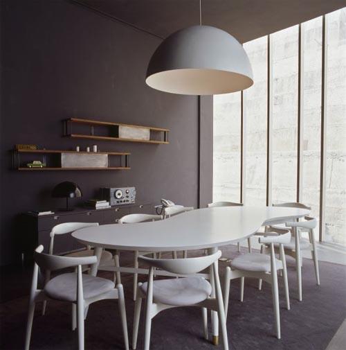 asimetrik-yemek-masası-tasarımı