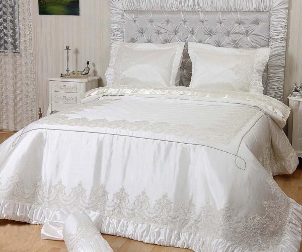 evlen mihrişah yatak örtüsü