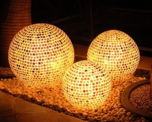 Mozaik-küre-bahçe-aydınlatma-modeli