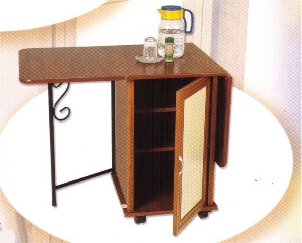 kullanışlı balkon masası