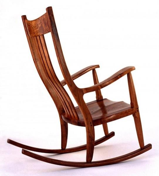 Ahşap-sallanan-sandalye-tasarımı