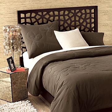 ahşap-kafesli yatak başı