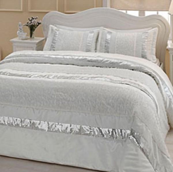 beyaz-kupurlu-tac-yatak-ortusu-modeli