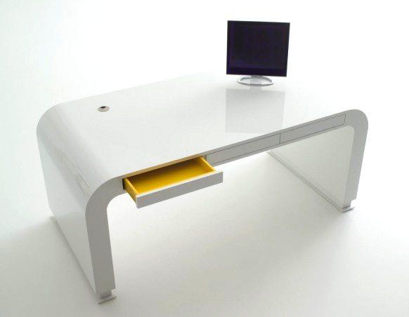 beyaz-oval-hatli-bilgisayar-masasi