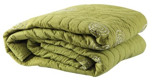 fıstık-yeşili-mudo-yatak-örtüsü-modeli