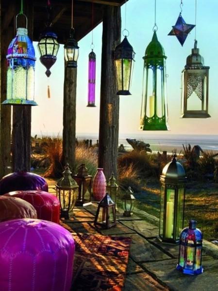 fas-tarzi-bahce-teras-balkon-dekorasyonu