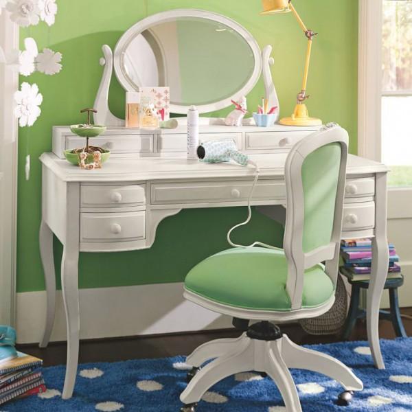 genç kız makyaj-masası