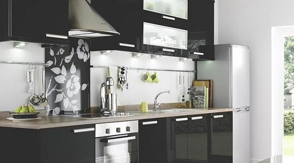 siyah küçük mutfak