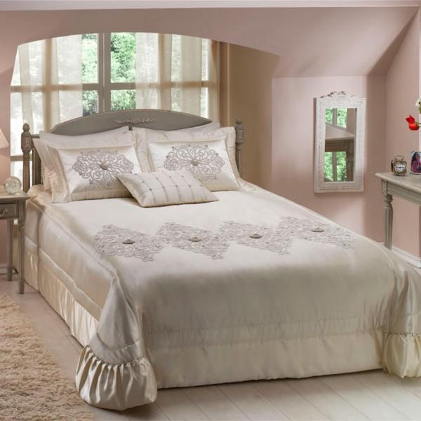 taç adelina yatak örtüsü
