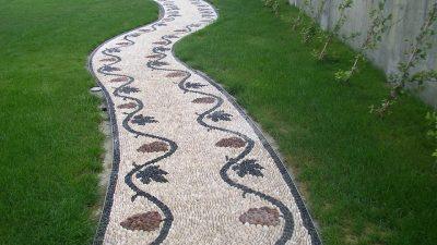 Gözalıcı Dekoratif Bahçe Yolu Taşları
