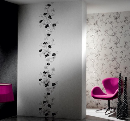 Siyah-çiçekli-salon-duvar-kağıt-modeli