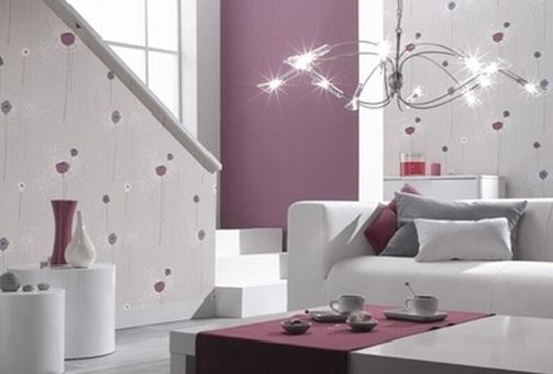 lila-renkli-lale-desenli-salon-duvar-kağıdı-modeli