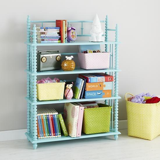 renkli çocuk odası kitaplığı