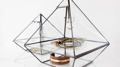 Piramit Küpe Askısı Yapımı